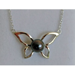 Papillon Vole, vole ... - Collier Argent Rhodié et Véritable Perle de Tahiti